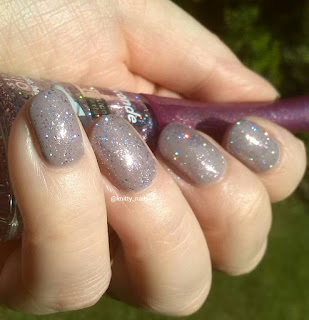 Leighton Denny Have it Your Grey with Bourjois Rainbow Apparition
