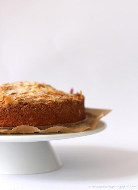 Rezept schwedischer Mandelkuchen lecker Zitronenbaiser Foodblog