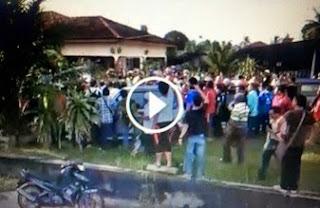 Ini dia rakaman permohonan maaf barua kaki bodek UMNO yg buat kelakuan lucah di Sek Guar Perahu Hidup Melayu Hidup Melayu