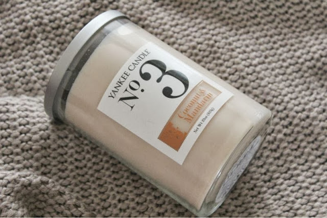Yankee's No.3 Coconut Collection Coconut and Mandarin Candle