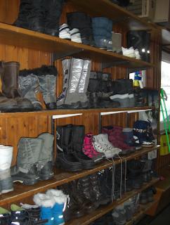 Warm winter boots, apres ski boots, snow boots
