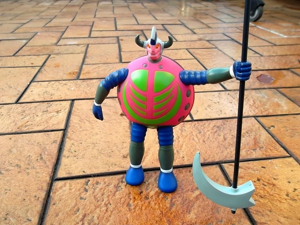 Le golgoth Game Game de Osaka Toys 004