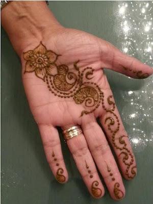 Arabic Sleek Mehndi Designs