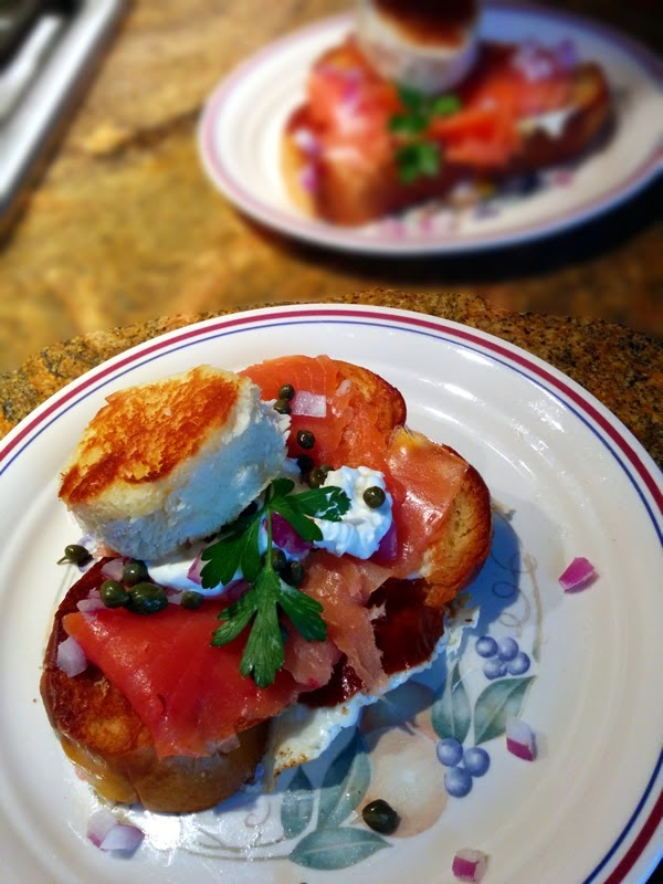 Featured Recipe: Smoked Salmon Egg in a Basket from Oh! You Cook! #secretrecipeclub