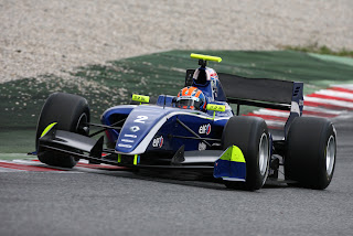 Jazeman testint the Formula Renault 3.5 car