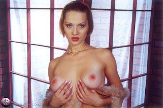 Hot Naked Girl - rs-07-758924.jpg