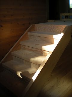 clear Doug fir timber stairs,  http://huismanconcepts.com/