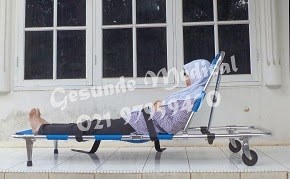 Pemakaian Folding Stretcher YDC-1A3