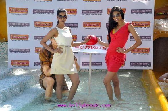 , Anousha Dandekar Performance Pics