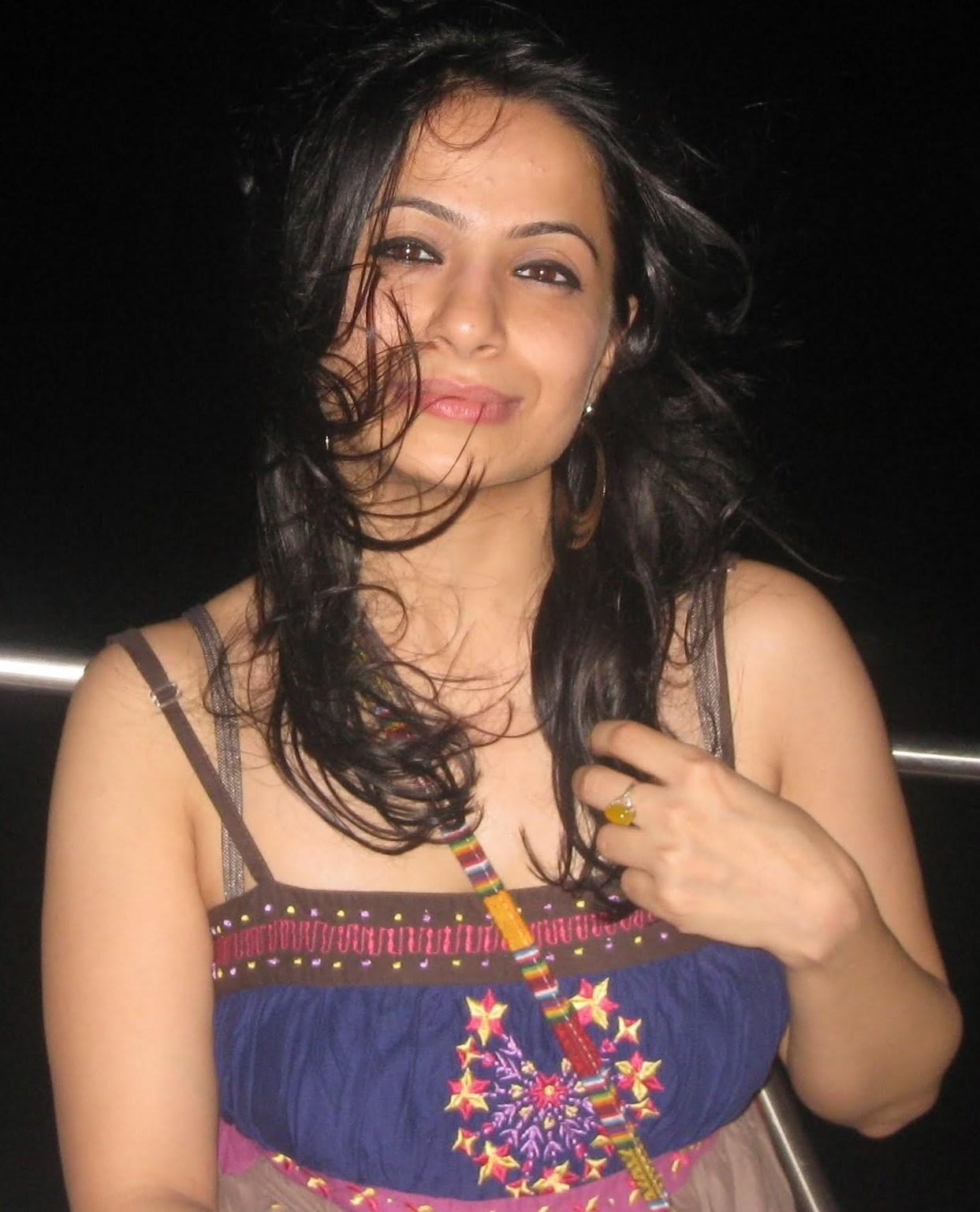 Models Call Girls In Bangalore   8867161371-  Hotel EsCort
