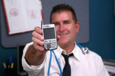 Dokter Bisa Prediksi Wabah Penyakit Melalui Penggunaan Ponsel