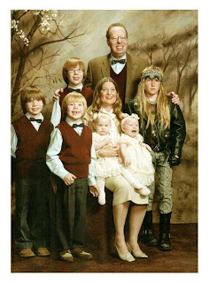 teen glam awkward family photo funny image