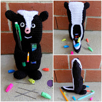 http://www.ravelry.com/patterns/library/skunk-pencil-holder