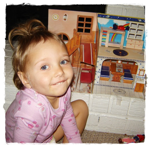 Six Years Ago When Gracie Was A Diaper Wearing Toddler I Blogged About Her Love For Playmobil And The Pop Up Dollhouse Saved From My Own Childhood