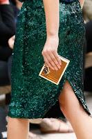 Малко квадратно портмоне с катинарче на Burberry Prorsum