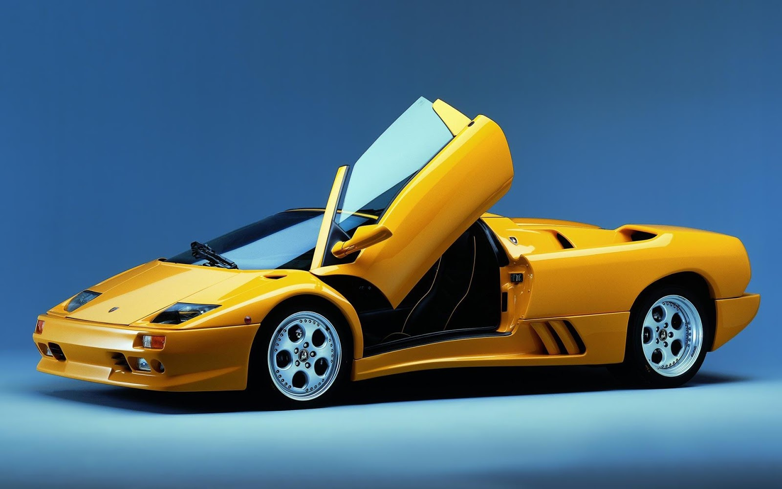 Luxury Lamborghini Cars Lamborghini Diablo Wallpaper