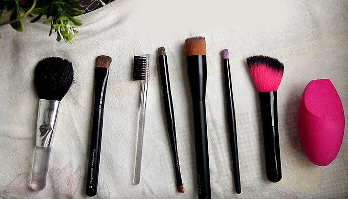How I Clean My Makeup Brushes and Sponges
