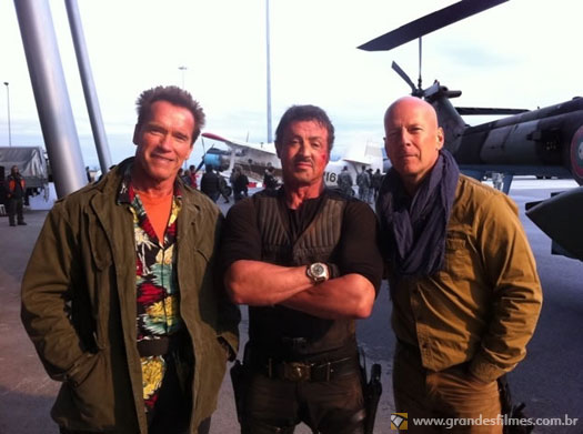 Arnold Schwarzenegger, Sylvester Stallone e Bruce Willis em Os Mercenrios 2