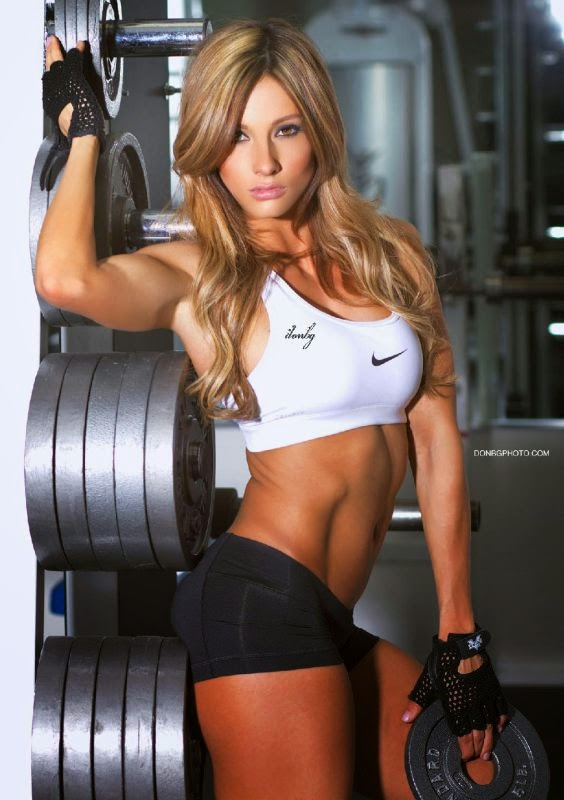 Paige Hathaway - Female Fitness Models