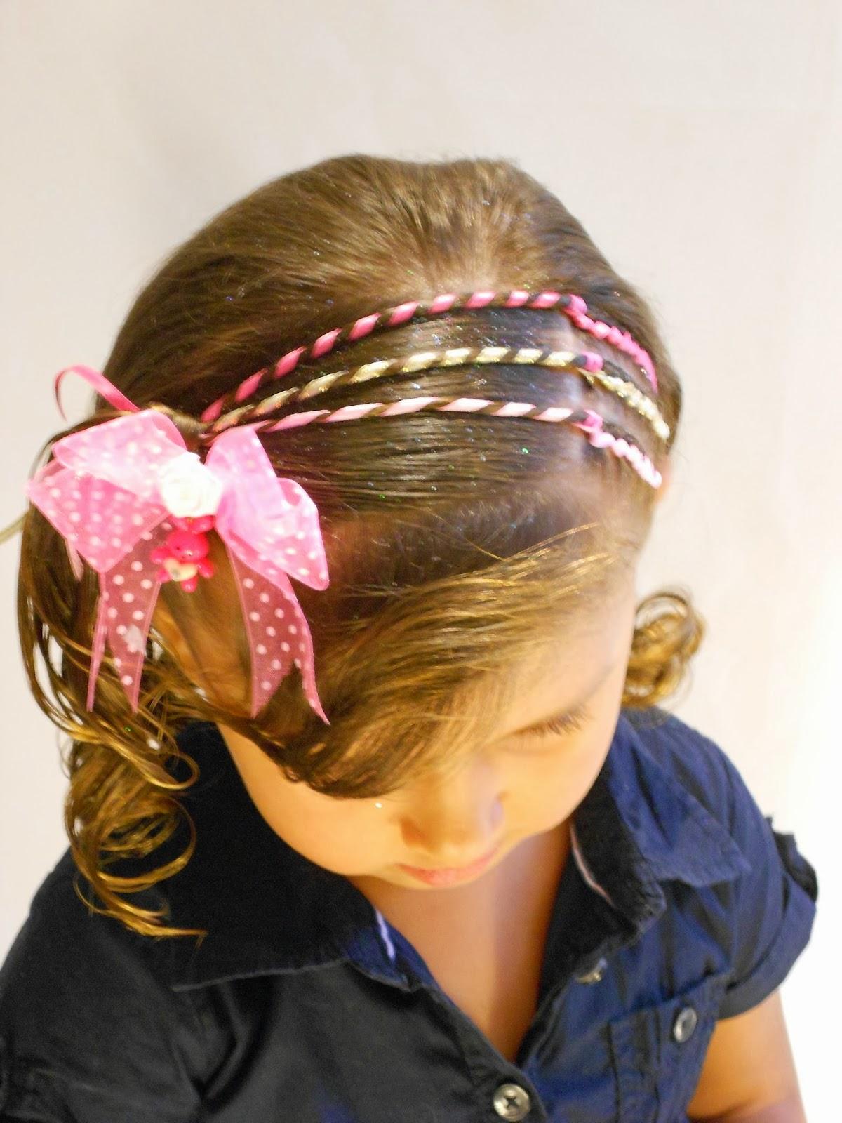 Videotutorial de Peinado paso a paso  1 , Triple trenza adornada con cintas