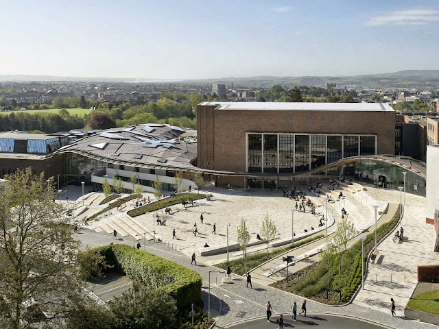 03-University-of-Exeter-Forum-by-Wilkinson-Eyre