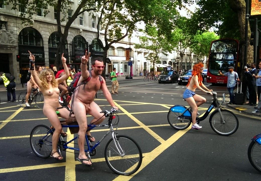 Велопробег нудистов фото 44204 фотография