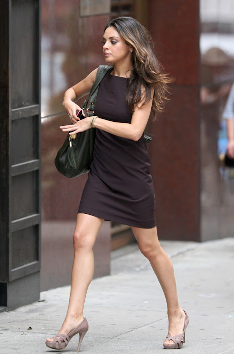 mila kunis on the set - candid