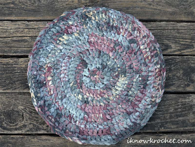 round crochet rocking chair pad