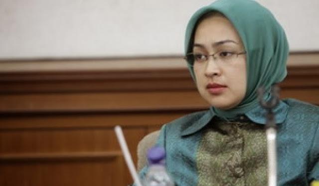 Kumpulan Foto Airin Rachmi Dian, Walikota Tanggerang