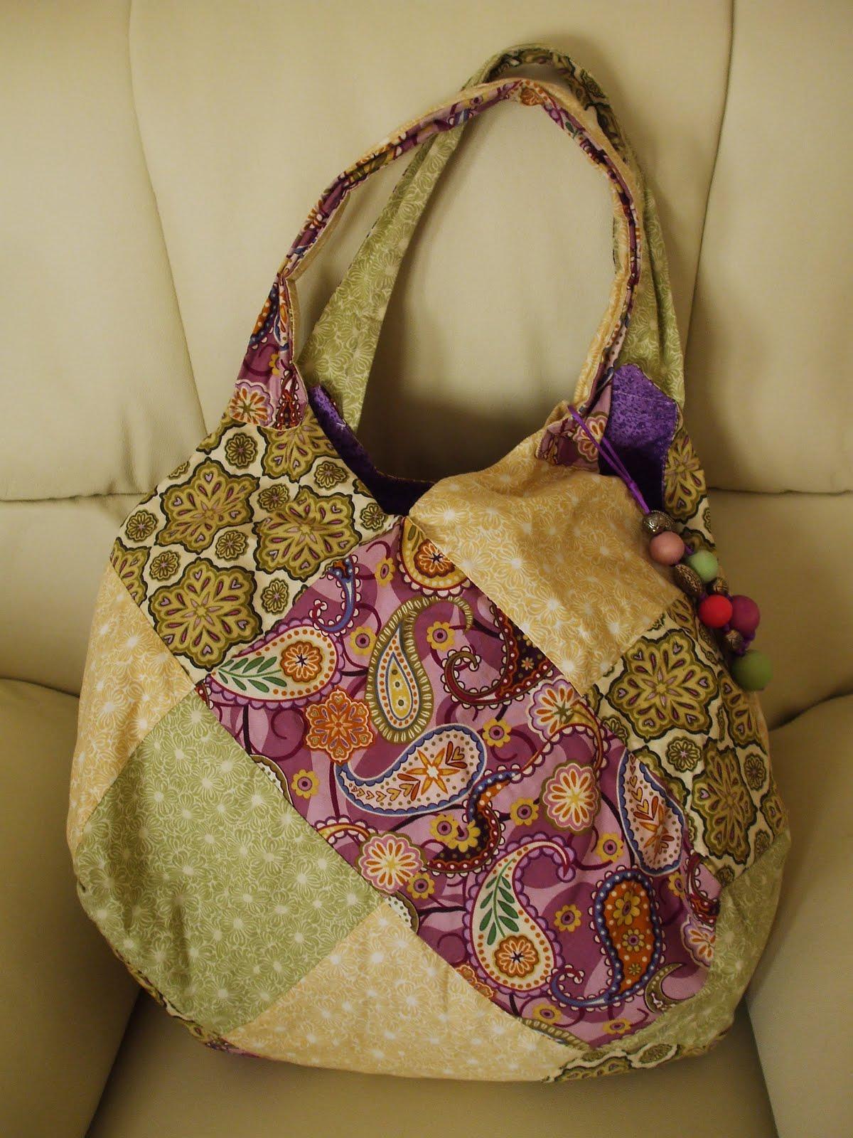 Pinta cose colorea bolso de patchwork - Manualidades patchwork bolsos ...