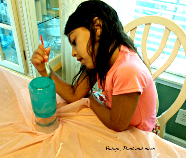 Vintage, Paint and more... Crafting with my granddaughter