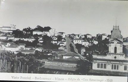 Vista através da Estação Ferroviaria de Barbacena