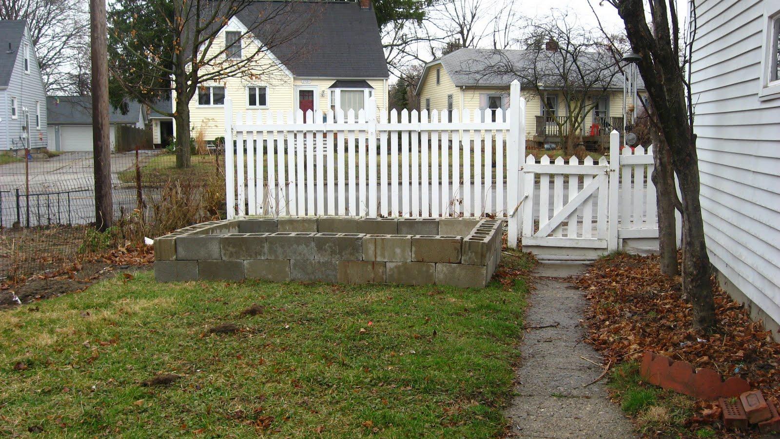 Build Your Own Concrete Block Raised Beds
