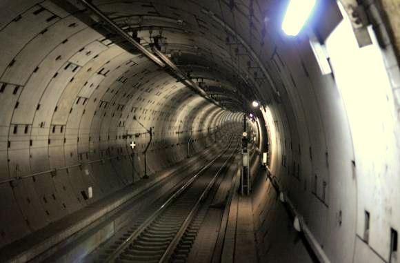 AS Bangun Terowongan Peluncuran Nuklir