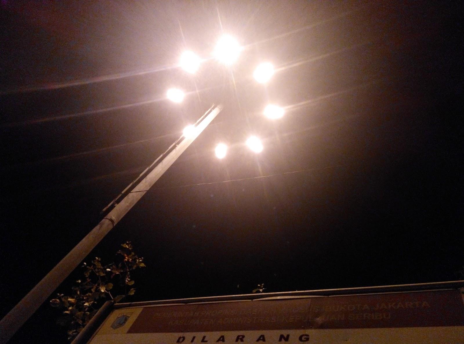 Lampu Delapan Pulau Tidung