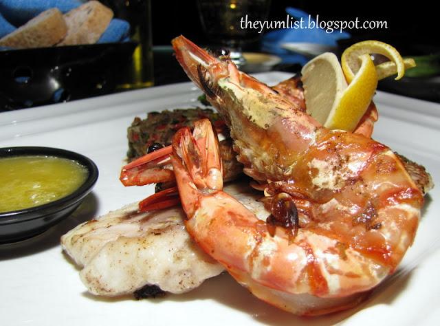 Nelayan, Tanjong Jara, romantic dinner on beach
