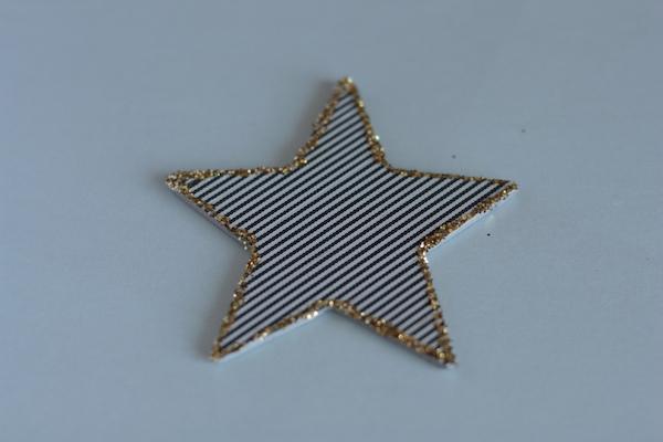 Ro Guaraz · navidad compartida · adorno para el arbolito · 10 · fun tape