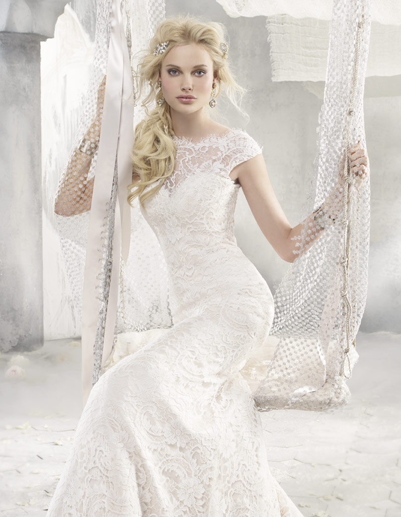 Evening Dresses: My Favourite 2 Styles of Lace Wedding Dresses
