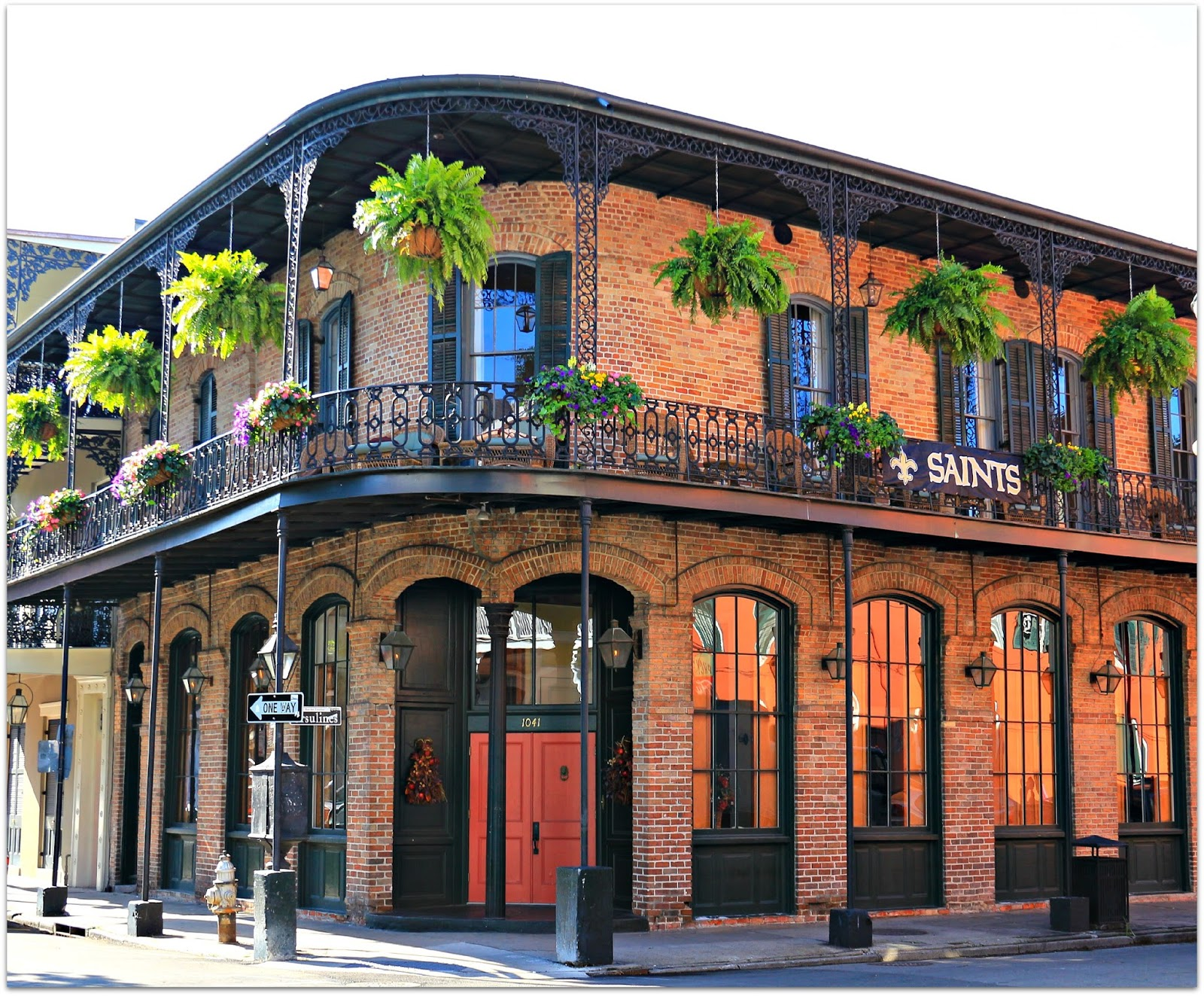 The Columns New Orleans Rooms