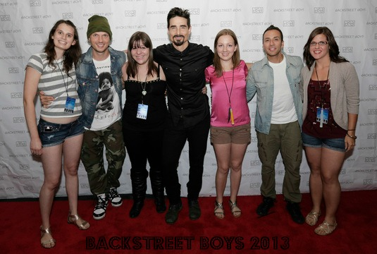 3 monkeys mommy nerd alert backstreet boys in a world like this the meet greet part was crazy like always its a huge rush hug hug hug how are you snap photos byebye seriously m4hsunfo