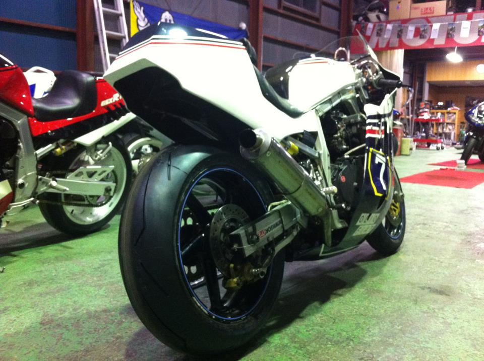 SUZUKI Power! - Page 34 Suzuki+gsxr+750+nava+japan+sacs+air+huile+slingshot+racing+yoshimura+(4)
