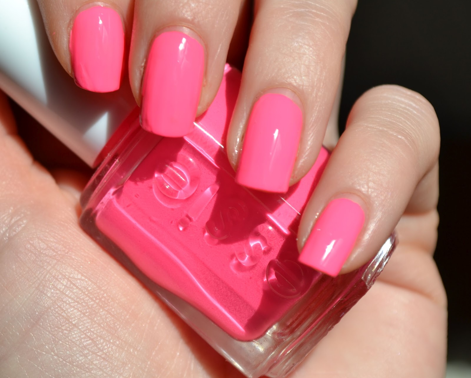 MakeUpVitamins: Essie Punchy Pink 694 Swatch, Review & Dupes
