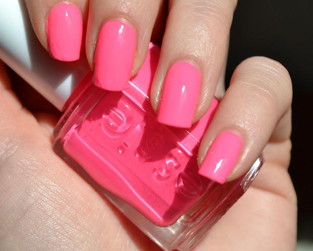 makeupvitamins essie punchy pink