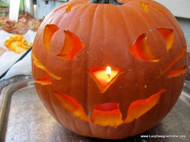 kitty face carved pumpkin using rotozip tool