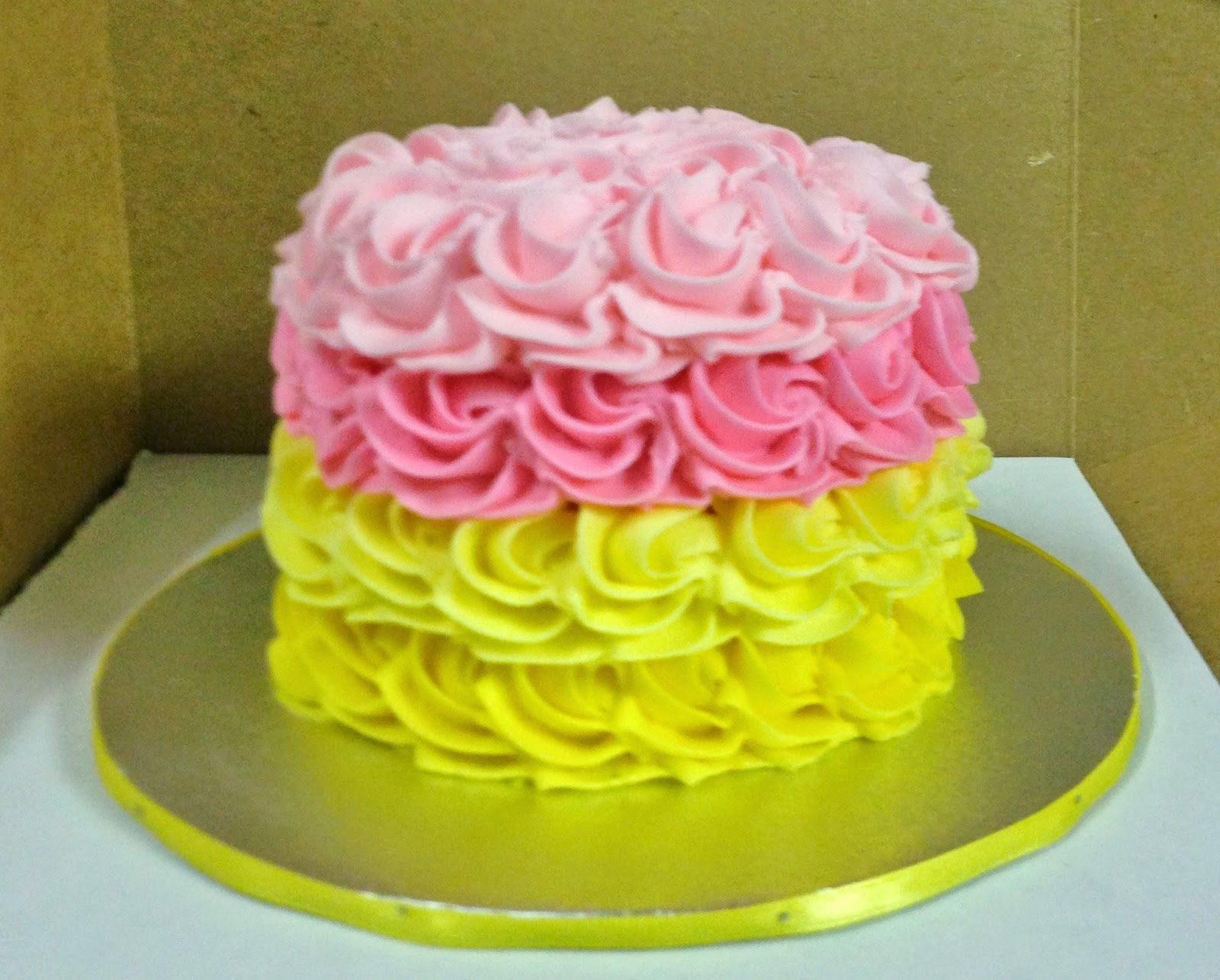 Cakes by Mindy: Yellow and Pink Lemonade Cupcakes and Rosette Smash Cake