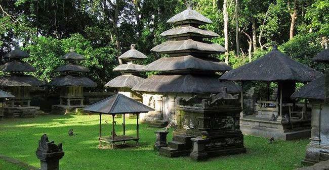 Pura Alas Kedaton - tempat wisata - pulau dewata