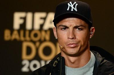 Cristiano Ronaldo, el mejor modelo de su marca de ropa  - imagenes de cristiano ronaldo en ropa interior