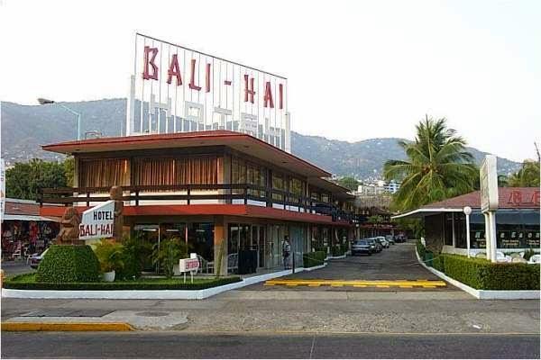 Hotel Bali Hai di Kuta Bali