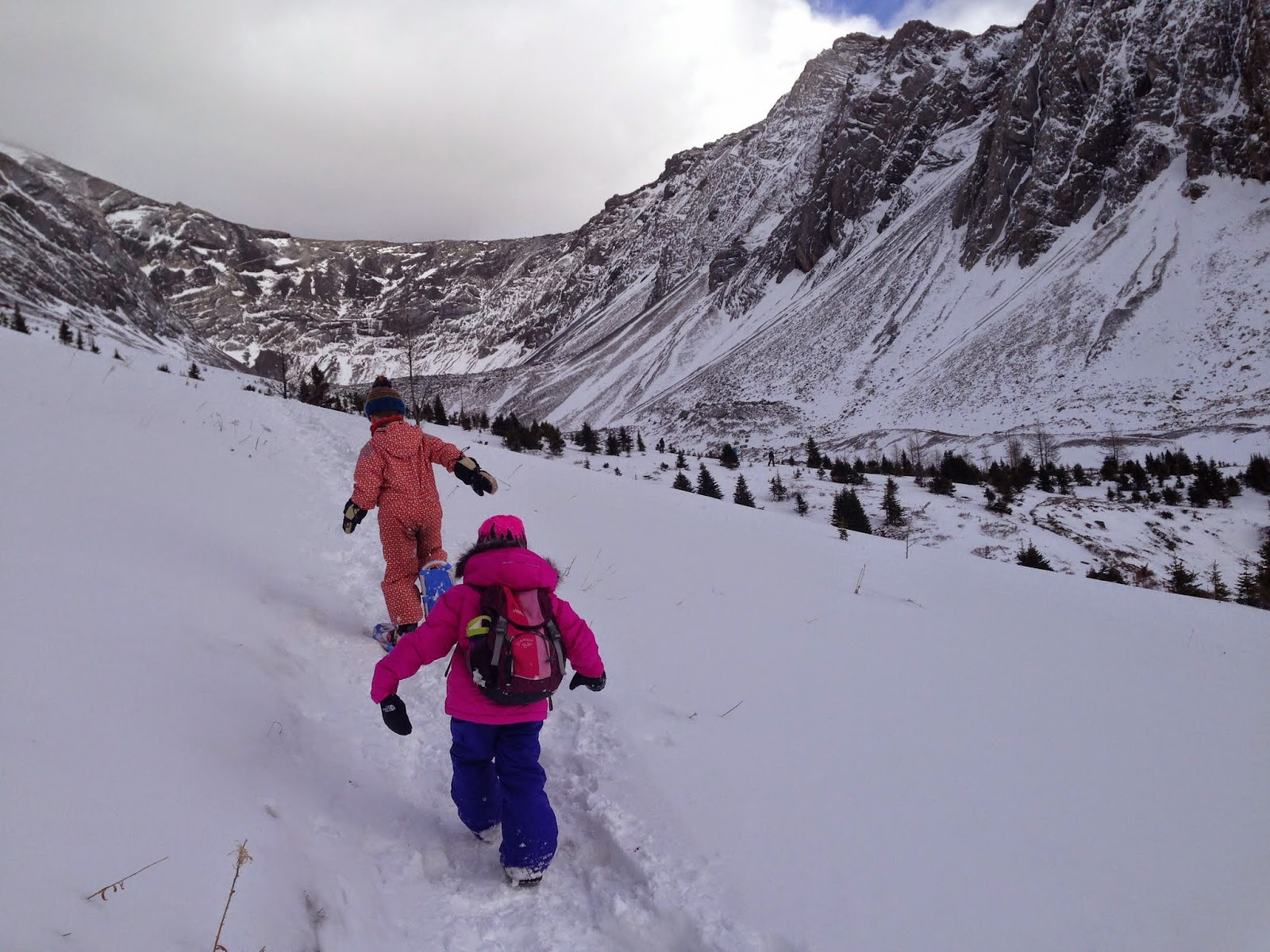 Family Adventures in the Canadian Rockies: Fall Hiking 101 ...