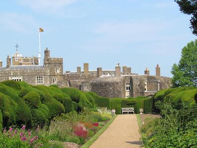 Walmer Castle, Queen Mother, royal residence, summer, gardens, Henry VIII, day trip, English Heritage, UK, visit, tourist, bridge, battlements, defence, old, bricks, fortress, flag, impressive, gardens